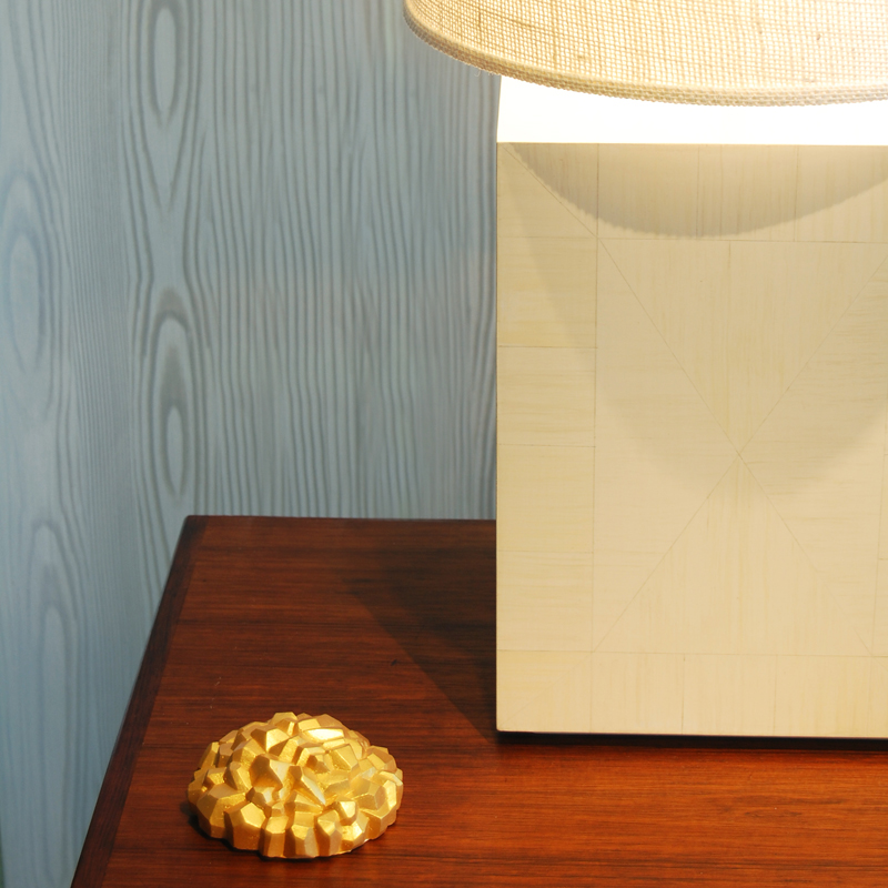 Surface Lamp in Faux Ivory
